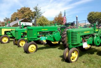 Tractor Paint Colors — Breaking the Codes