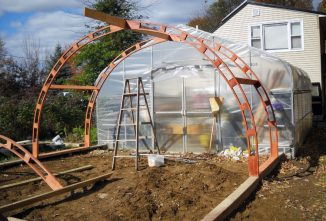 Build Your Own Greenhouse the Easy Way