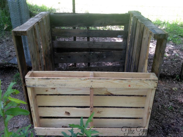 Recycling Materials on Hand for Compost Bin Plans