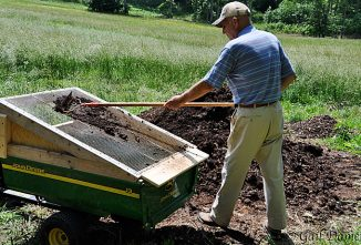 How to Make a Soil Sifter
