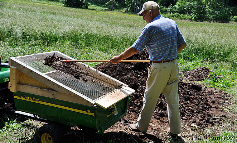 How To Make A Soil Sifter Countryside