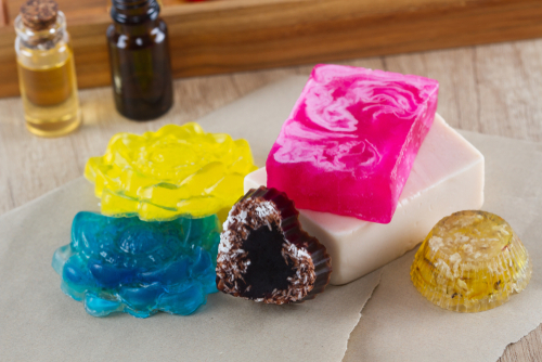 Make a DIY Soap Mold – Instructions With Video!