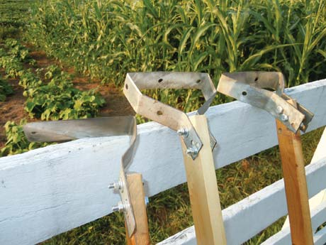 The Victory Hoe: A DIY Weed Removal Tool
