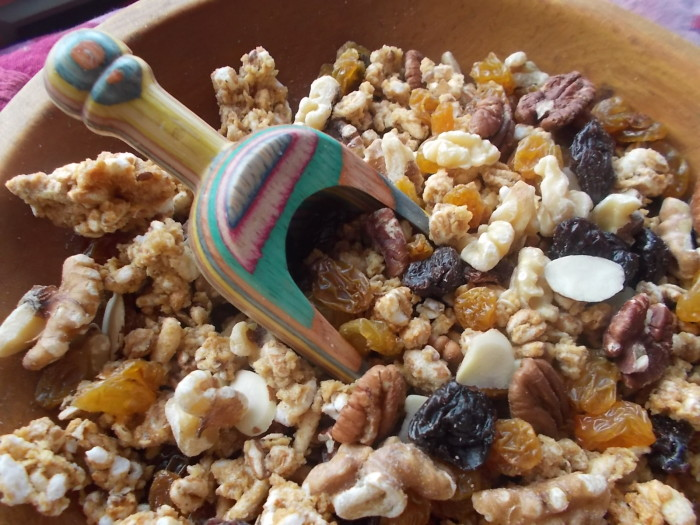 5 Easy Snacks to Make at Home: No Refrigeration Needed